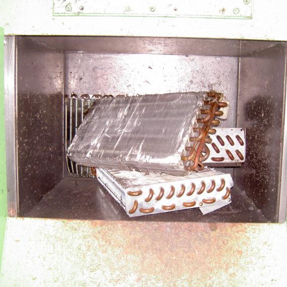 熱交換器破砕例